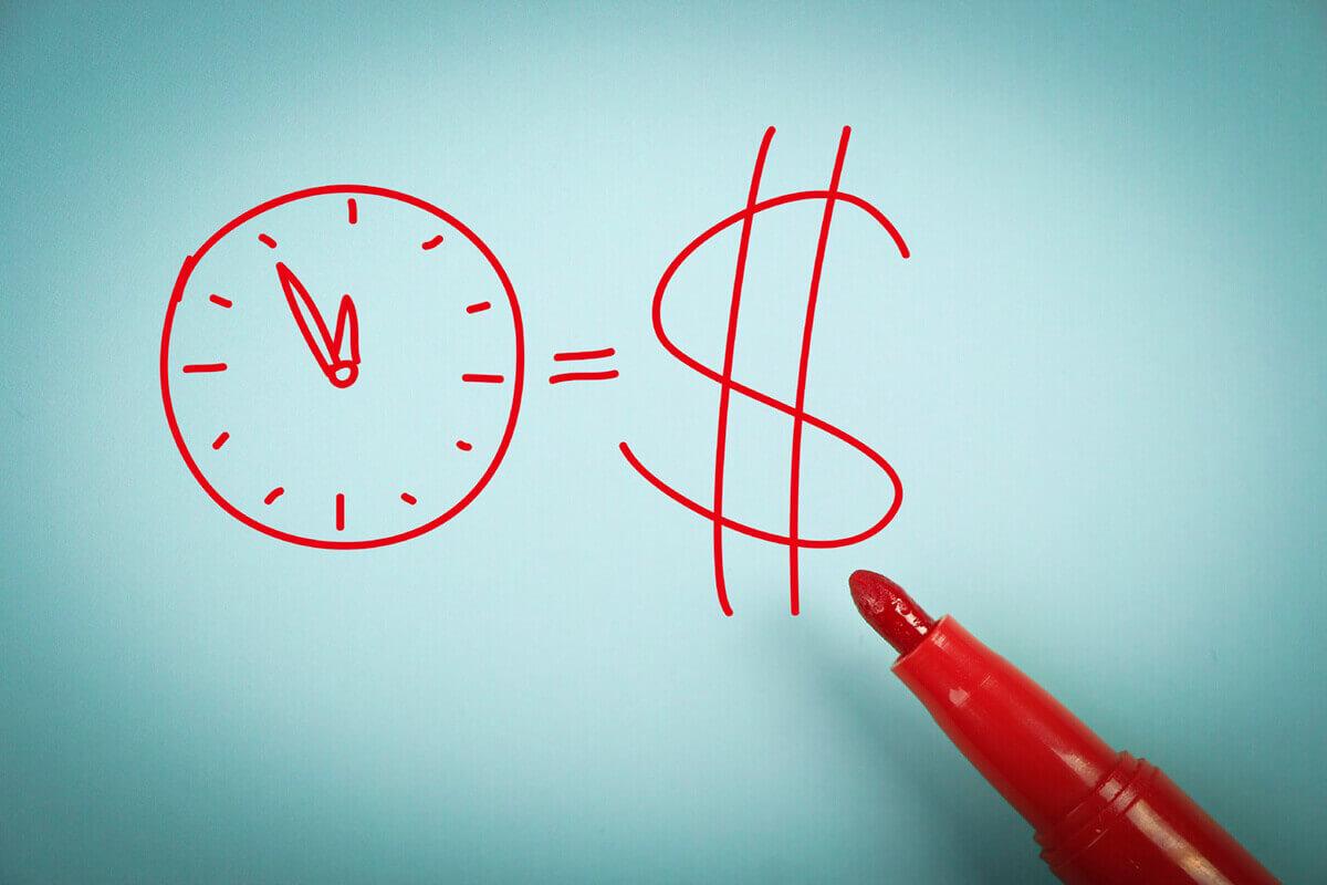 Economize tempo usando ações em massa no Zoho CRM.